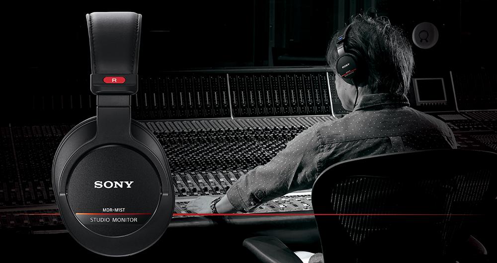 Sony MDR-M1ST in Studio